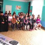 Зрители в Марьевке - ученики начальных классов.